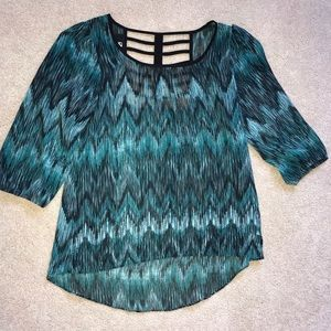 Tops - Business casual green & black blouse